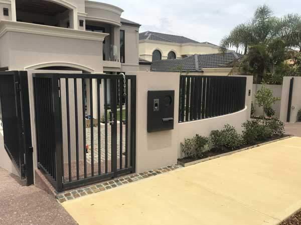 Powder-coated-fence-perth-black